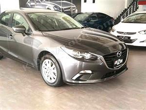 kibris-araba-com-kktc-araba-bayi-oto-galeri-satilik-arac-ilan-Plakasız 2 El 2015 Mazda  3  1.5
