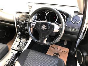 kibris-araba-com-kktc-araba-bayi-oto-galeri-satilik-arac-ilan-İkinci El 2007 Suzuki  Escudo  2.0