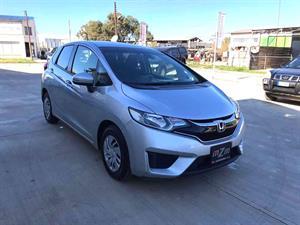 kibris-araba-com-kktc-araba-bayi-oto-galeri-satilik-arac-ilan-Plakasız 2 El 2017 Honda  Fit  1.3