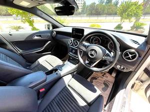 kibris-araba-com-kktc-araba-bayi-oto-galeri-satilik-arac-ilan-Plakasız 2 El 2018 Mercedes-Benz  A-Class  A180 AMG
