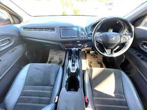 kibris-araba-com-kktc-araba-bayi-oto-galeri-satilik-arac-ilan-Plakasız 2 El 2017 Honda  Vezel RS  1.5