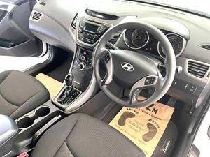 kibris-araba-com-kktc-araba-bayi-oto-galeri-satilik-arac-ilan-İkinci El 2015 Hyundai  Elantra  1.6