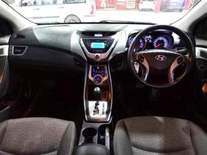 kibris-araba-com-kktc-araba-bayi-oto-galeri-satilik-arac-ilan-İkinci El 2012 Hyundai  Elantra  1.6